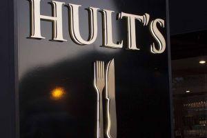 Hult\'s