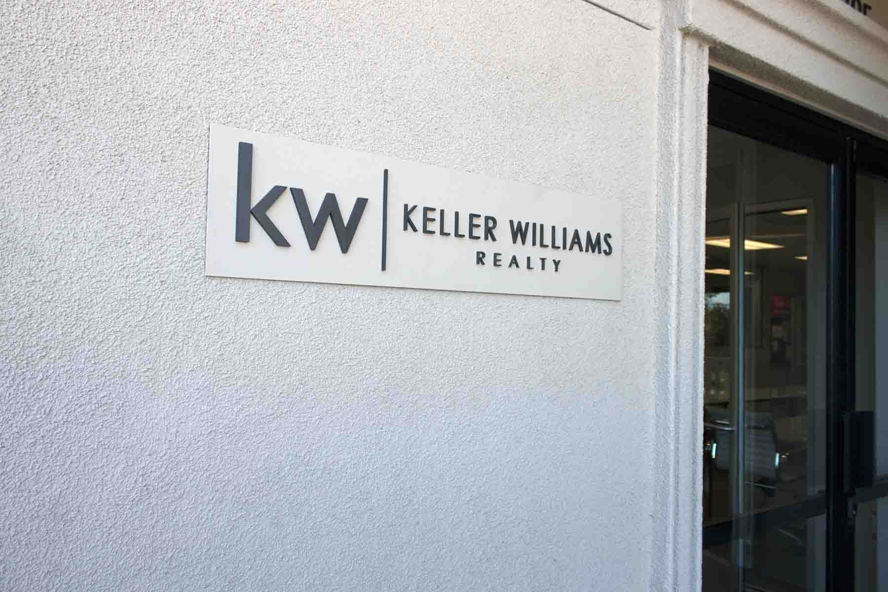 KW Small Exterior