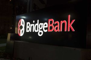 Bridge Bank Monument - Night